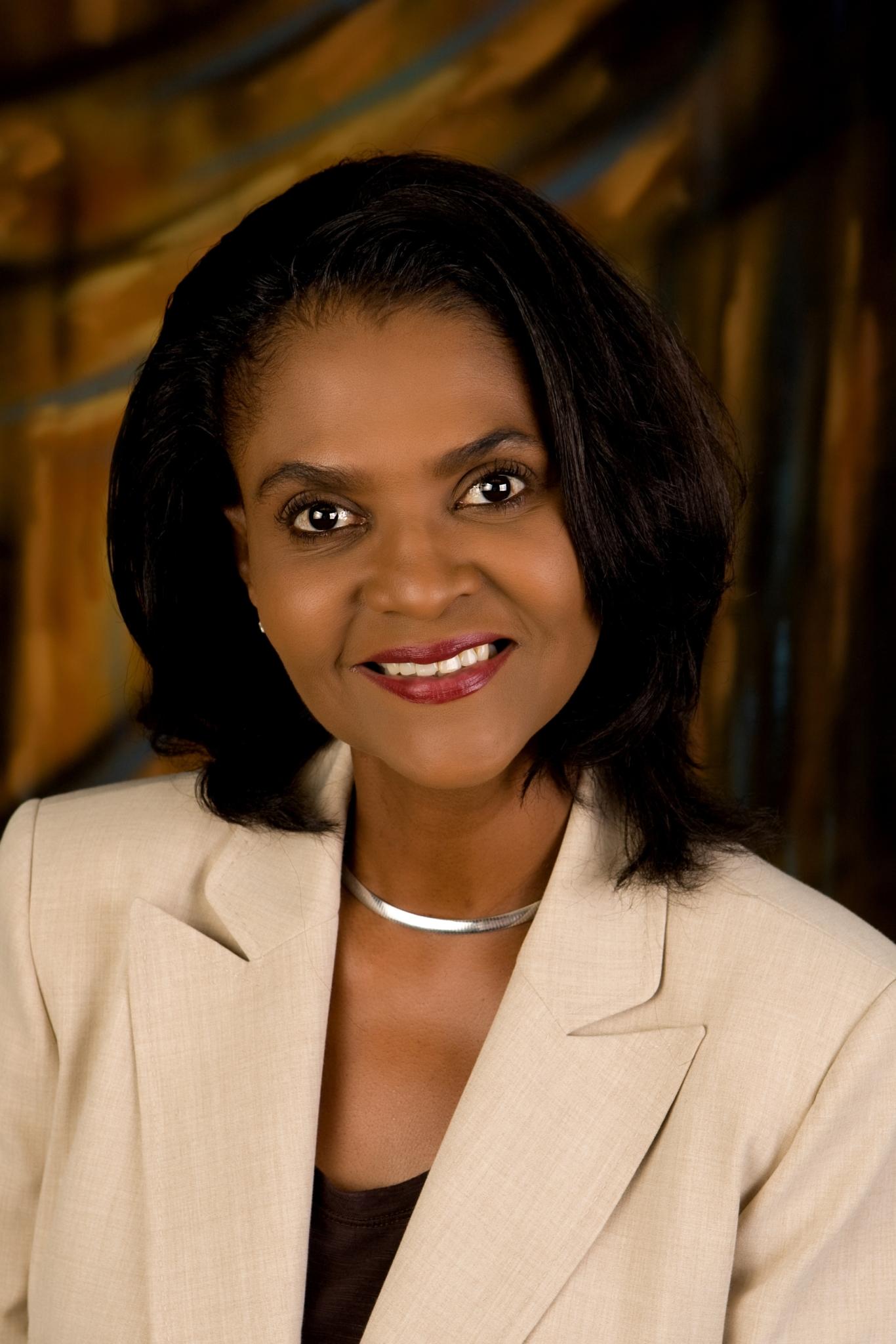 Dr Cheryl Cooper